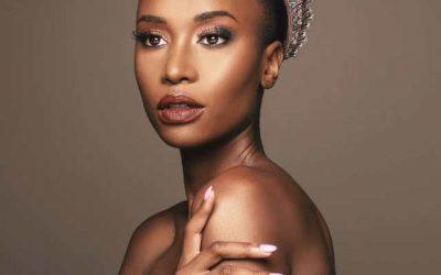 Miss Univers a des cheveux afro : crépus et courts